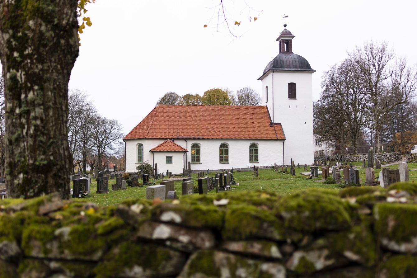 Exteriör Berghems kyrka - Fristad Bygg